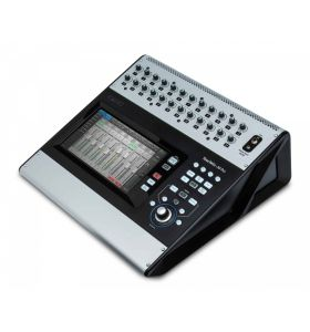 QSC TouchMix 30 Pro Touch Screen Mixer 24-Mic/Line+6 Stereo In